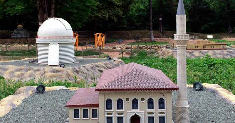 Bahcisarayskiy-park-miniatur-photo4