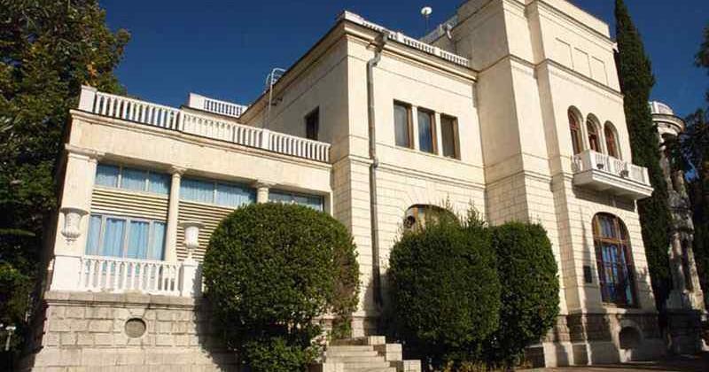 dvorec-suuk-su-photo1