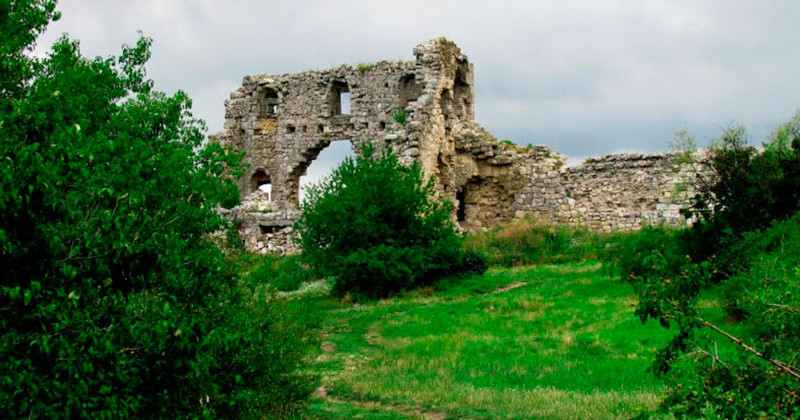 pesherniy-gorod-mangup-kale-photo4