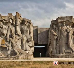 Adzhimushkajskie-kamenolomni-v-kerchi-photo1005