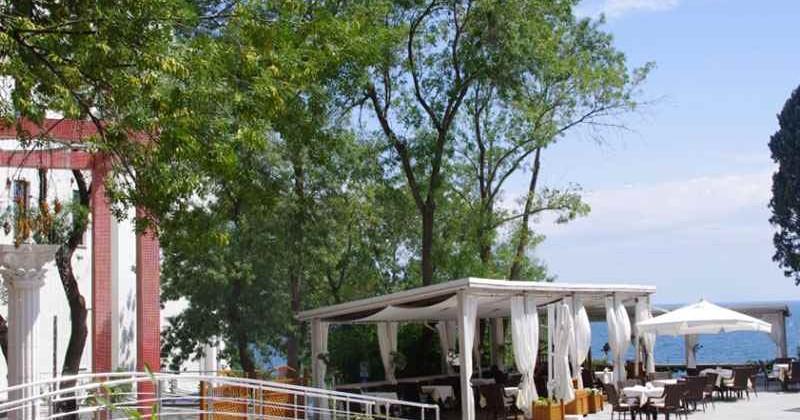Restoran-pivovarnya-fabrikant-v-yalte-photo1003