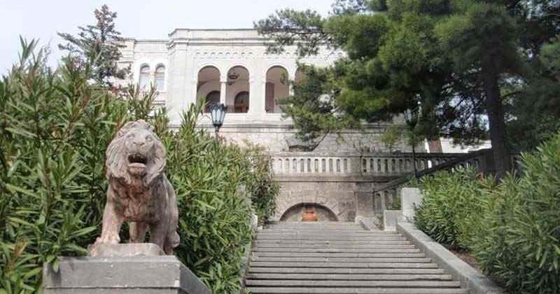 Yusupovskij-dvorec-v-koreize-photo1003