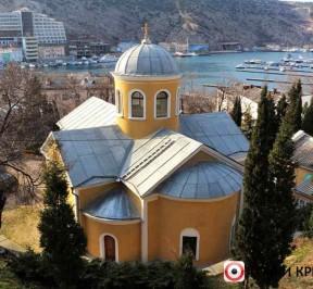 cerkov-dvenadcati-apostolov-photo2