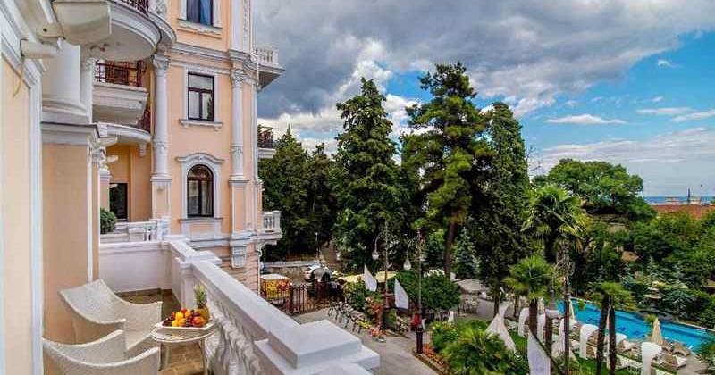 Villa-elena-yalta-photo1006