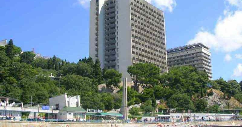Sanatorij-ai-petri-v-yalte-photo1002