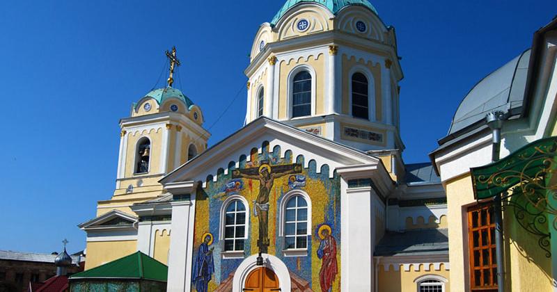 Svyato-troickij-zhenskij-monastyr-v-simferopole-photo1003