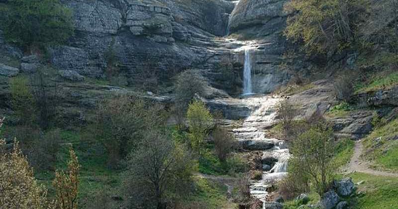 Vodopad-dzhurla-v-alushte-photo1001