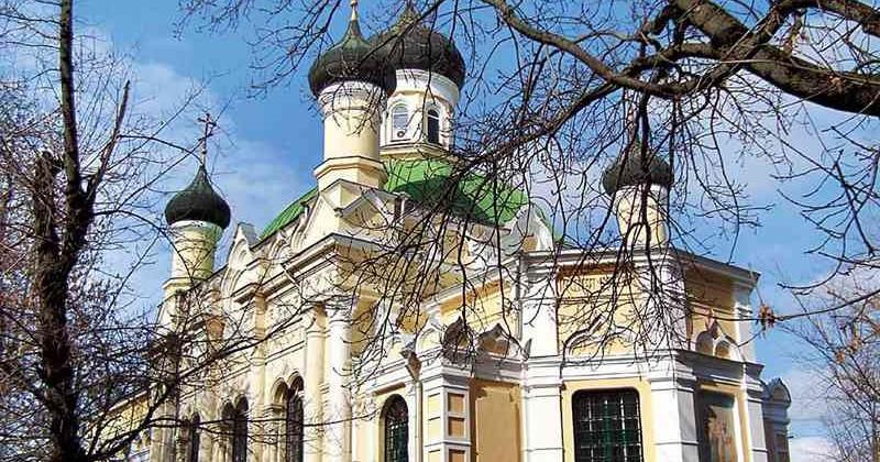 categ-tserkov-treh-svyatiteley-simf